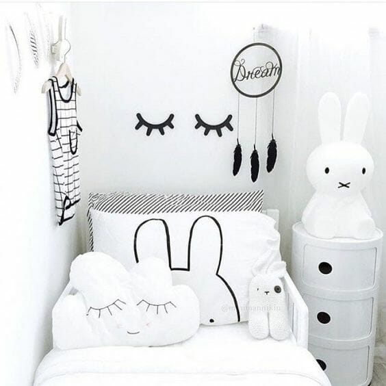 monochrome_black_and_white_kids_bedroom